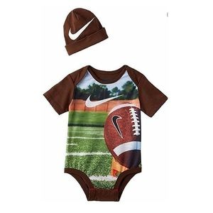 Nike Creeper bodysuit & Hat 2pc FOOTBALL Set Baby